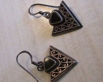 Vintage Sterling Silver and Black Onyx Triangle Dangle Wire Earrings