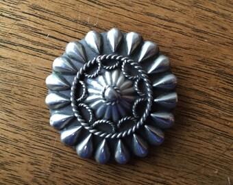 Ornate Round Pin -- 275