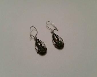 Vintage Southwestern Sterling Silver Earings Green Stone Dangle 925 Jewelry