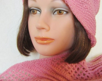 Flapper Pink Cloche-hand knit, features wide border seed stitch brim. Perfect for transitional weather days. Birthday Gift for Her.  Trendy!