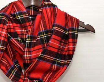 Christmas Plaid scarf/Christmas Plaid Infinity scarf,Red scarf, Red plaid scarf, tartan scarf, Scottish scarf / Scottish infinity scarf