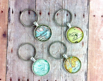 CUSTOM Vintage Map Keychain: Choose your own Location [Map Keyring, Travel Gift, Personalized Key Ring, World Map Art]