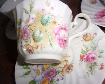Crownford China Tea Set - 6 Cups & Saucers - Bone China - Made in England