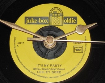 "Lesley Gore It's my party 7"" vinyl record clock"
