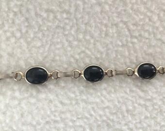 Black glass link bracelet - vintage