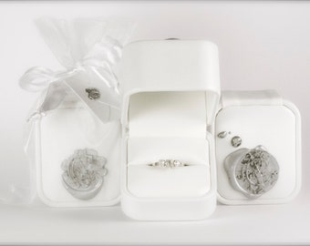 Fancy Gift Packaging - White Leather Box