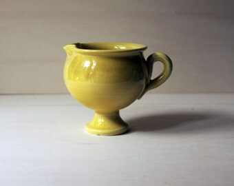 Ceramic serving bowl, yellow