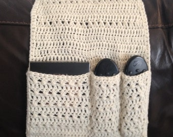 Handmade Crochet Remote Control Holder/tidy/living room/storage/tv/television