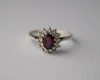 Vintage Sterling Silver & Garnet Cluster Ring - Sterling Silver Vintage Ring - Engagement Ring - Vintage Cluster Ring Size Q 1/2 8 1/2