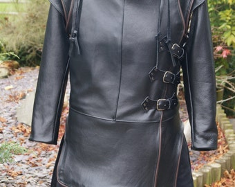 Full replica, Leather sleeved and brown leather trimmed, Jon Snow, Game of Thrones 100% Real Leather & Sheep Skin, with heavy deluxe cape .