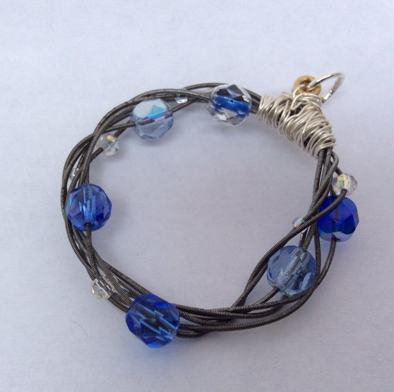 guitar string jewelry recycled blue and clear by twistedfigdesigns. Black Bedroom Furniture Sets. Home Design Ideas