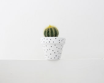 Hand Painted White Spot Plant Pot - 6cm