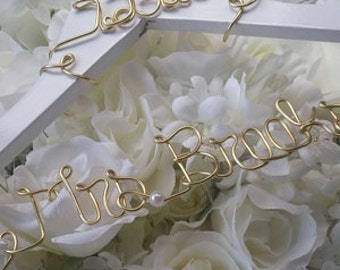 Bride Hanger, Wedding Hanger, Wedding Dress Hanger, Name Hanger, Bridesmaid Hanger, Personalized Hanger, Bridal Gift, Mrs Hanger