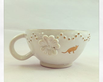 Gold and White- Fancy Cat- tea cup