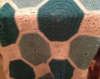 Soft greens and cream octagons afghan