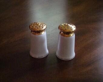 Hutschenreuther 22k Gold Encrusted Antique Favorit Shape Signed Salt and Pepper!