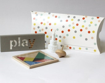 3 x small toy boxes for kids at your party