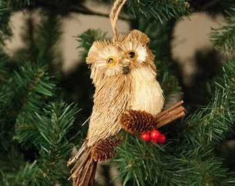 17cm Large Owl on Branch with Acorns and Berries, Christmas Xmas Tree Ornament Decoration Figurine