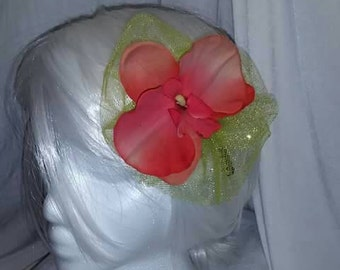 Orchid and tulle fascinator