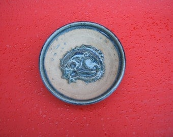 decorative sleeping dragon bowl 15cm x 5cm