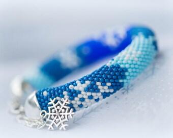 "Bead Crochet Bracelet ""Snowflakes"""