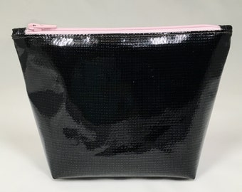Oilcloth Cosmetic Bag, Black Oilcloth Cosmetic Bag, Medium Makeup Bag, Medium Cosmetic Bag, Cosmetic Bag, Makeup Pouch