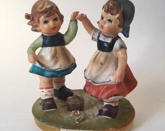 Vintage Arnart Dancing Times Figurine / Dancing Times / Arnart / Arnart Girl Figurine / Vintage Arnart / Arnart Knick Knack