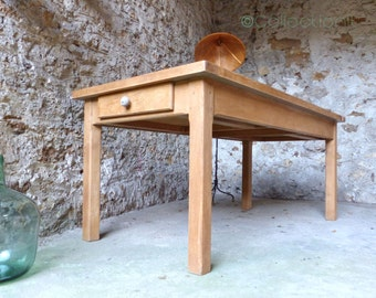 Table oak vintage clothier.