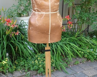 Vintage Singer Dress True Form Dress Form with Adjustable Wood Frame~Photo Prop~Shabby Chic~Retro~Sewing Room Decor~Seamstress