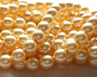 50 6mm cream glass pearl druk beads, off white Preciosa Czech round, smooth glass pearls C5450