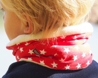 Toddler infinity scarf, cozy kids loop scarf, toddler loop. RED AND STARS loop, cotton fleece internal side
