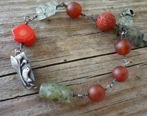 Bracelet silver & bird. Stone mineral red green grau coral carneol chrasophrase phrenit