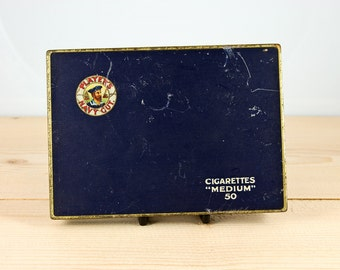 "Player's Navy Cut ""Medium"" cigarette tin by John Player"