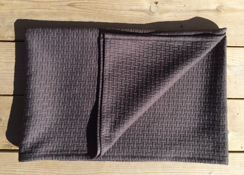 foulard de lit dessus de lit couverture douce d corative. Black Bedroom Furniture Sets. Home Design Ideas