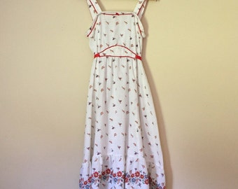 darling floral farm dress with red ribbon Gunne Sax style size M
