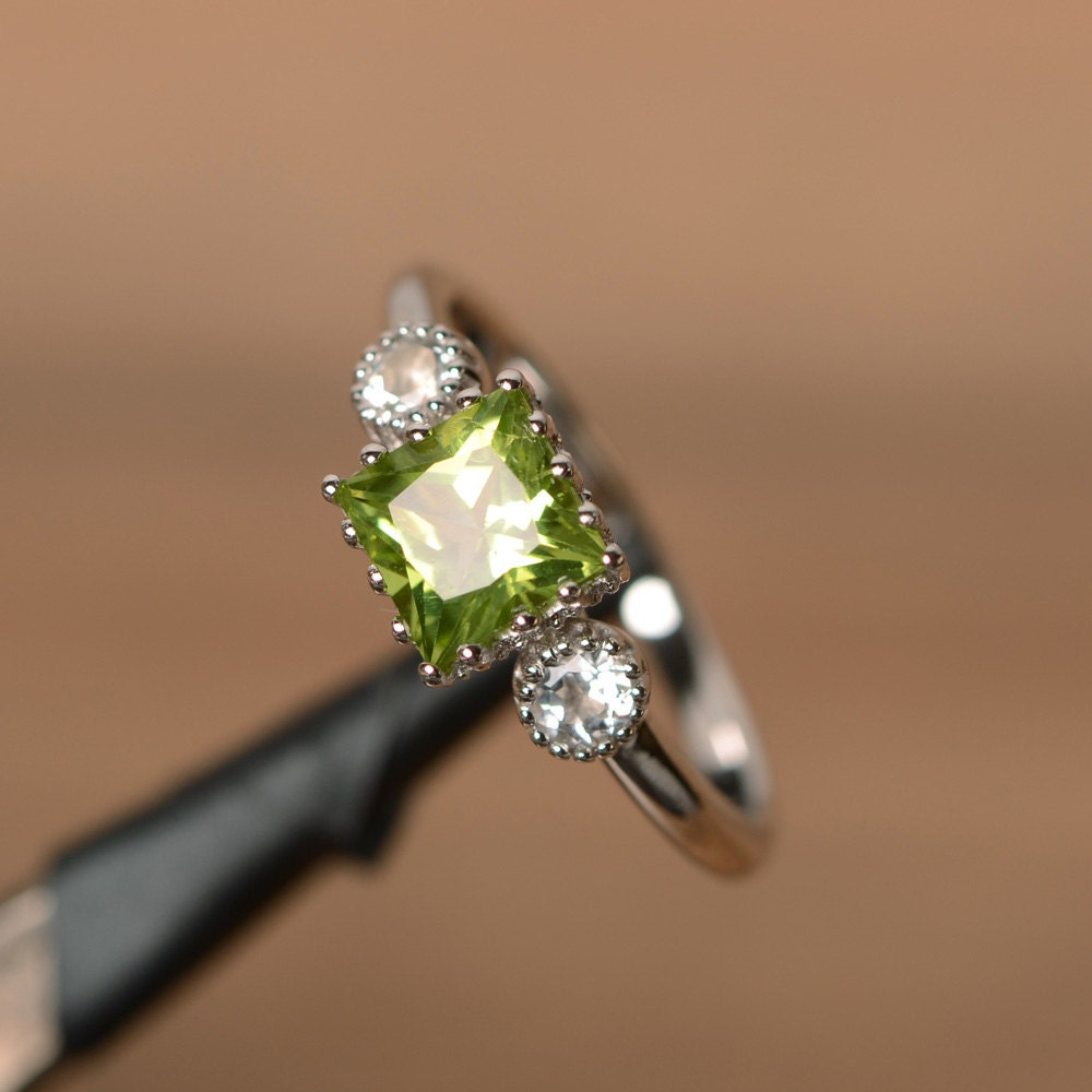 Natural Peridot Ring Sterling Silver August Birthstone