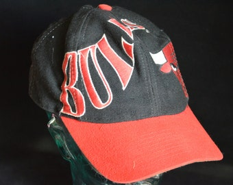 Vintage Chicago Bulls Snapback Baseball Cap Hat (One Size Fits All)
