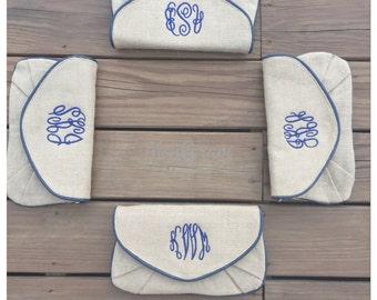 4 Monogrammed Clutch/ Monogrammed Burlap Clutch/ Monogrammed Bridesmaid Gift
