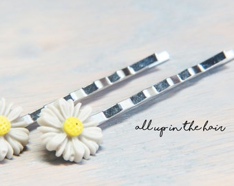 Flower Bobby Pins - Grey Daisy Bobby Pins