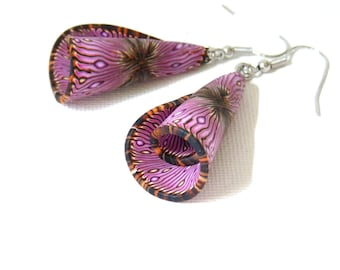 Corollas effect Butterfly black fuchsia wings earrings