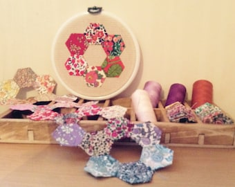 Liberty Hexagon Hoop, Granny Chic Christmas Decor, Red