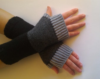 Wool Arm Warmers, Hand Knitted Gloves, Fingerless Gloves, Woman's Hand Warmers, Gray  Fingerless Mittens, Wool Wrist Warmers, Gray Gloves