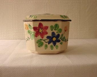 Covered Jar > Japanese > Flower Pattern