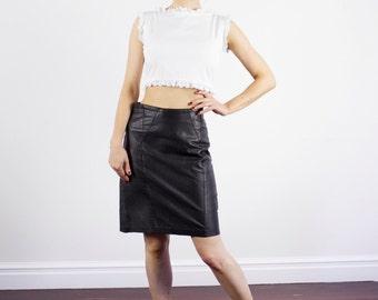 SALE Vintage 1980s Black Leather Skirt / Mini Skirt / High Waist / MOD / XS/S