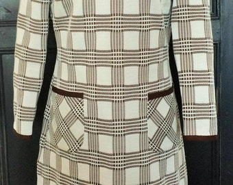 Womens vintage 1970's dress. UK size 14-16