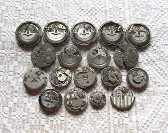 18 pcs Assorted Watch Movements, Small Watch Movements, Steampunk Supplies, Watch Movements for Parts, Antique Watch Parts