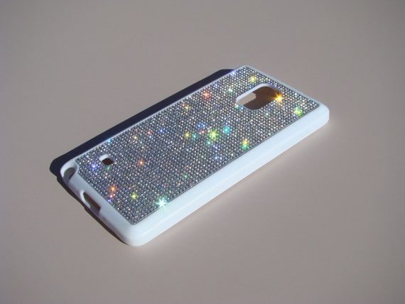 Galaxy Note 4  Clear Diamond Crystals on White Rubber Case. Velvet/Silk Pouch Bag Included, Genuine Rangsee Crystal Cases.
