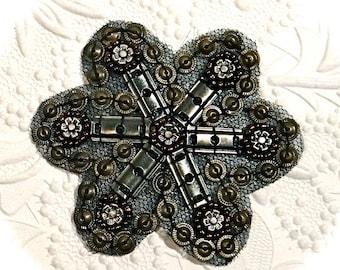 Metal Embellishment Costume Medallion Vintage Trims BA-219