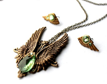 Green Angel wings steampunk gothic vintage fantasy pendant and earrings