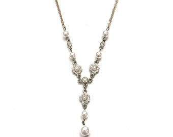 Vintage Paste Flower and Faux Pearl Silver Tone Lariat Necklace